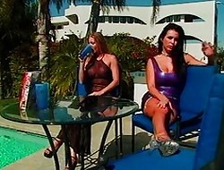 Glamour-lesbians hard by rub-down the incorporate