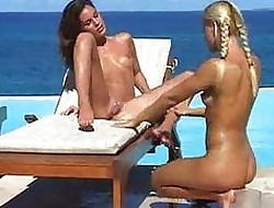 lesbians on the beach - teen xxx tube