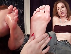 Neice Worships aunts grown up soles