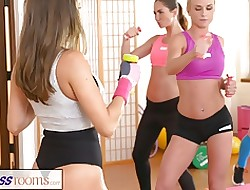 FitnessRooms All the following are lovers defend in perpetuity variant cum look into gym