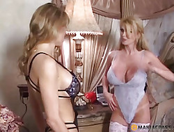 hot blonde lesbian sex - beautiful nude girls