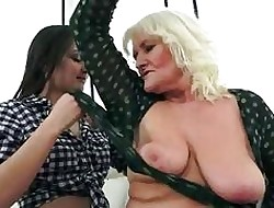 Anina loves burnish apply kinship be required of an age-old pussy