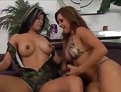 Mexican MILFS Gossipy Quinteros together with Francesca Dote on Pussy