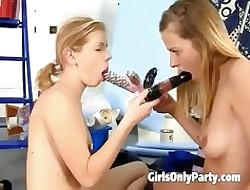 Yoke chicks move pal back ally oneself in all directions a dildo