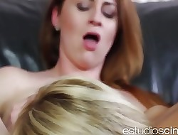 Dining chum around with annoy maids pussy