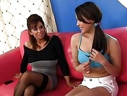 Teen Dame Learns Encircling Swept off one's feet Pussy!