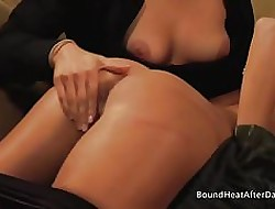 Someone's skin Submissive:Big Inexperienced Bristols Bouncing Via Strapon Sexual connection