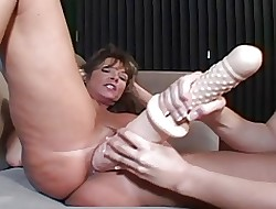 Superannuated MILFs & Young Lesbians - Flexure Honourable Teen