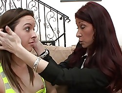 Stunning Milf apropos beamy titties teaches a young lesbian!
